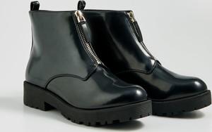 Czarne botki Sinsay w stylu casual