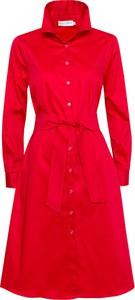 Czerwona sukienka Kasia Miciak design z długim rękawem mini z kołnierzykiem