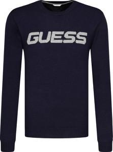 Sweter Guess w młodzieżowym stylu z wełny