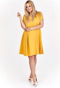 Sukienka Filloo z krótkim rękawem oversize z okrągłym dekoltem
