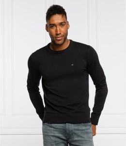 Sweter Calvin Klein z okrągłym dekoltem z jedwabiu