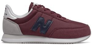Czerwone buty sportowe dziecięce New Balance z zamszu sznurowane