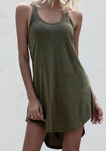 Zielona sukienka Sandbella z okrągłym dekoltem mini na ramiączkach