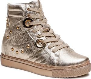 Złote buty sportowe Badura sznurowane