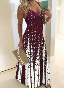 Czerwona sukienka Cikelly na ramiączkach z dekoltem w kształcie litery v