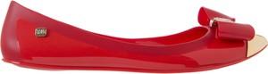 Czerwone baleriny Tg z płaską podeszwą