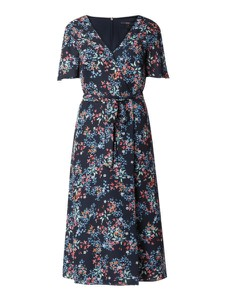 Granatowa sukienka Esprit prosta z krótkim rękawem z dekoltem w kształcie litery v