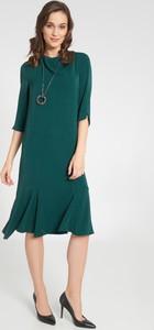 Sukienka QUIOSQUE z długim rękawem