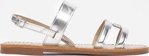 Srebrne sandały Multu z klamrami z płaską podeszwą
