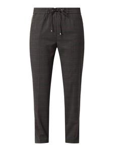 Czarne spodnie MAC w stylu klasycznym