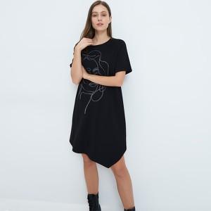 Sukienka Mohito asymetryczna z krótkim rękawem