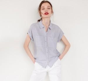 Granatowa koszula Reserved w stylu casual