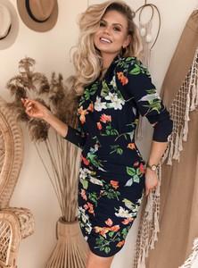 Granatowa sukienka SELFIEROOM w stylu casual z krótkim rękawem