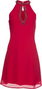 Czerwona sukienka bonprix BODYFLIRT bez rękawów mini z dekoltem typu choker