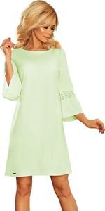 Zielona sukienka NUMOCO trapezowa z długim rękawem w stylu casual