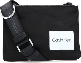 3453ce86c0bfa torebki listonoszki calvin klein - stylowo i modnie z Allani