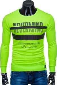 Zielona bluza Edoti w młodzieżowym stylu z nadrukiem