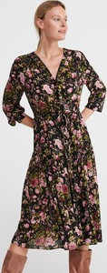 Sukienka Reserved z długim rękawem z dekoltem w kształcie litery v w stylu casual