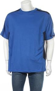 Niebieski t-shirt James & Nicholson z krótkim rękawem