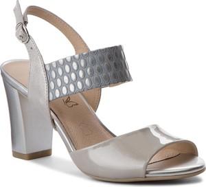 6412ad2a9d6e4 Szare buty damskie Caprice, kolekcja wiosna 2019