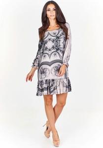 Sukienka Posh w stylu casual z długim rękawem oversize