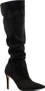 Kozaki Neścior za kolano z zamszu