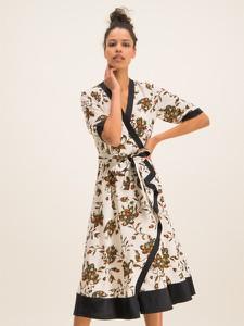 Sukienka Tory Burch z dekoltem w kształcie litery v z krótkim rękawem