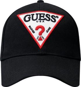 Czapka Guess z nadrukiem