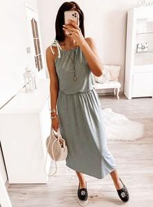 Sukienka Pakuten na ramiączkach w stylu casual