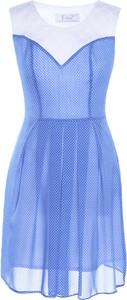 Sukienka Fokus midi z szyfonu w stylu casual