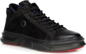 Czarne buty zimowe Wittchen sznurowane ze skóry