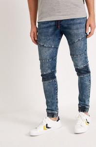 Niebieskie jeansy Diverse w młodzieżowym stylu