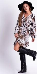 Sukienka SELFIEROOM w stylu casual z długim rękawem