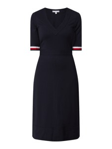 Granatowa sukienka Tommy Hilfiger z krótkim rękawem z dekoltem w kształcie litery v mini