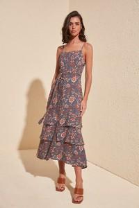 Sukienka Trendyol w stylu casual midi rozkloszowana