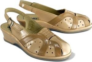 Sandały Suave z klamrami ze skóry w stylu casual