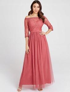 Różowa sukienka Little Mistress z długim rękawem maxi z tiulu