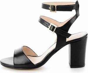 Czarne sandały Prima Moda z klamrami na średnim obcasie ze skóry