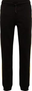 Czarne spodnie sportowe Jack & Jones z dresówki