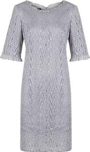Sukienka Poza z krótkim rękawem prosta