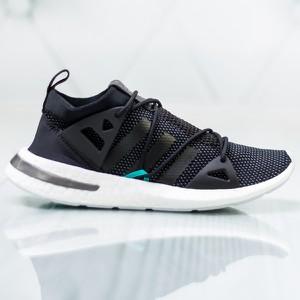 01dfbe7a Granatowe buty sportowe Adidas w sportowym stylu z płaską podeszwą