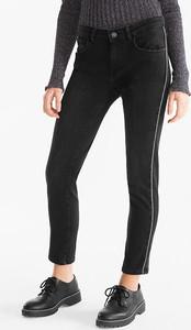 Czarne jeansy CLOCKHOUSE w młodzieżowym stylu z bawełny