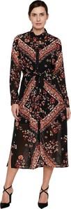 Sukienka Only w stylu casual z długim rękawem midi
