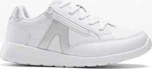 Buty sportowe bonprix z płaską podeszwą ze skóry