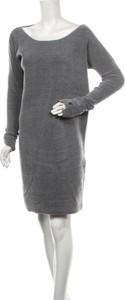 Sukienka Simple mini w stylu casual prosta