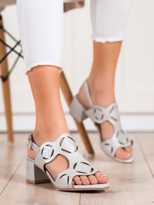 Sandały Czasnabuty z klamrami
