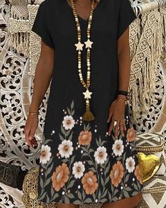 Sukienka Kendallme z dekoltem w kształcie litery v z bawełny oversize