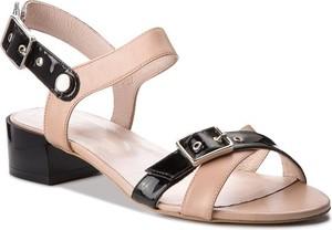 Różowe sandały Gino Rossi z klamrami