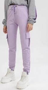 Fioletowe spodnie born2be