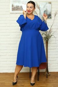 Niebieska sukienka KARKO dla puszystych z dekoltem w kształcie litery v
